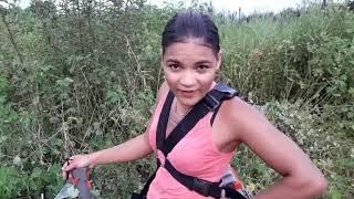 Eu Ester Tigresa estou trabalhando em propriedades rurais,carpindo roçando
