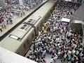 Download Video Beijing Subway, Line 13, morning rush hour - just a little crowded 3GP MP4 FLV
