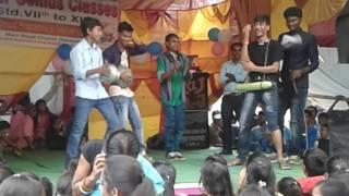 Dance on song hum pagal nahi h bhaiya humara dimag khatab hai