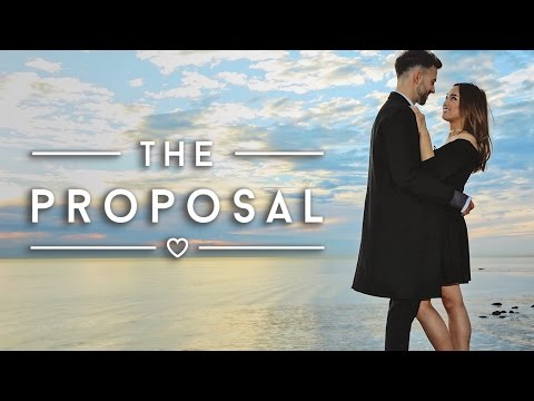 The Surprise Proposal   We're Engaged!   clothesencounters