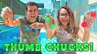 A NOVA FEBRE! - DESAFIO THUMB CHUCKS! - KIDS FUN