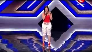 بنت تغني بصوت جميل في برنامج المواهب الاوكرانية