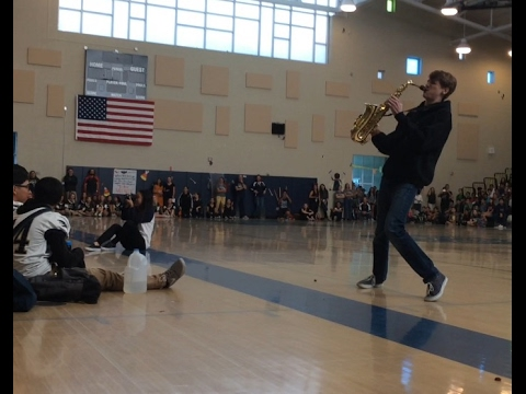 Xxx Mp4 EPIC SAX BATTLE IN PEP RALLY 3gp Sex