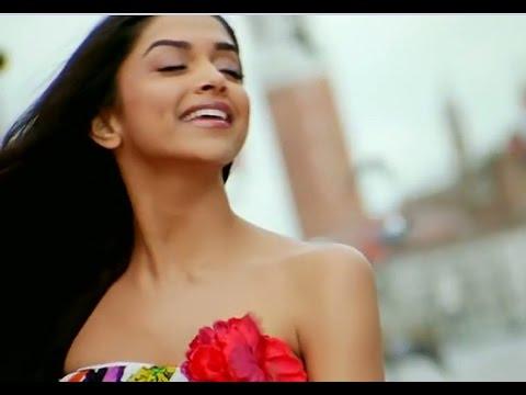 Sexy Beautiful Hot Cute Indian Actress Deepika Padukone