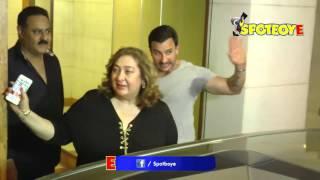 Kareena, Karisma and Saif Ali Khan CELEBRATE Babita Kapoor's birthday | SpotboyE