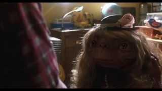 E.T., el extraterrestre(1982) - E.T. aprende a hablar: