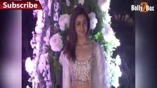Alia Bhatt Navel Show