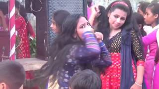 Best college grile dance || college grile best dance Performance 2017