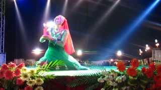 Russian Dancer performing Belly , Mujra Dance on