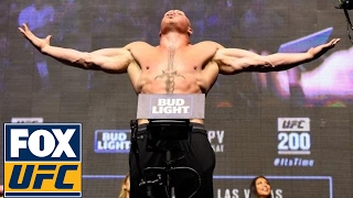 Brock Lesnar vs. Mark Hunt weigh-in - UFC 200