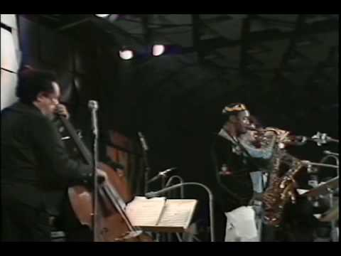 Charles Mingus - Goodbye Pork Pie Hat - Live At Montreux (1975)  [9-12] Video Clip