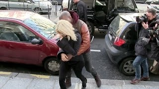 Kim Kardashian and Kanye West IN LOVE in Paris !!!