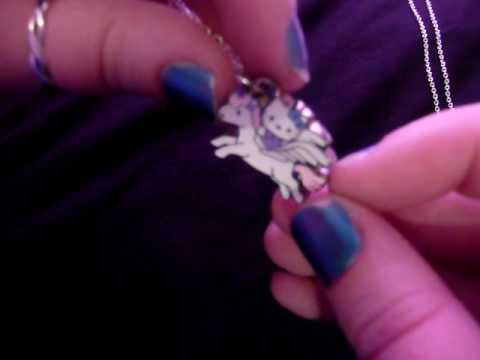 HelloKittyGoodies - Hello Kitty necklace
