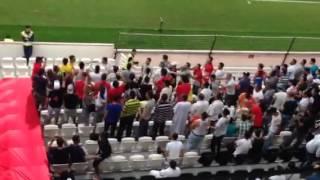جماهير المغرب ضد الجزائر
