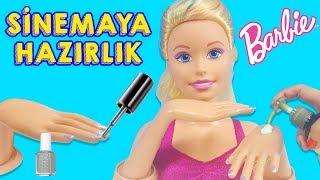Barbie Oje Sürüp El Bakımı Yaptırıp Sinemaya Gitmeye Hazırlanıyor | Evcilik TV