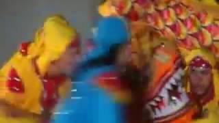 Chinese dragon dance| Čínský tanec draka