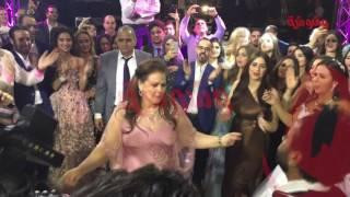 وشوشة | رقصة دلال عبدالعزيز في فرح ابنتها ايمي والرداد |Washwasha