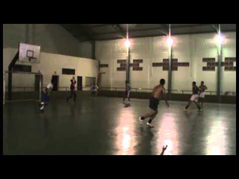Evaporação Iturama Galera curtindo um futebol de salão