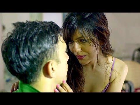 Xxx Mp4 Pizza Boy Bana Aashiq पिज्जा बॉय को किया खुश Hot Short Film 3gp Sex