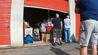 Storage Locker Auction - The Real Storage Wars!