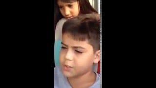 Menino canta igual ao Zezé Di Camargo e Luciano