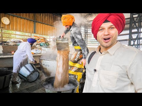 INDIAN FOOD HEAVEN at the BIGGEST MEGA KITCHEN 2018 AMAZING TRAVEL DOCUMENTARY in the GOLDEN TEMPLE