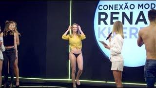 Striptease: Loira tira calça e deixa blusinha amarrada