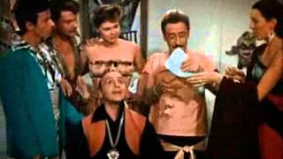 Totò a colori (1952) Scena dello sputo all'artista