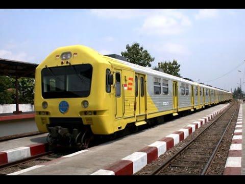 Naik Kereta Api Prameks Dari Stasiun Klaten Menuju Stasiun Balapan Solo