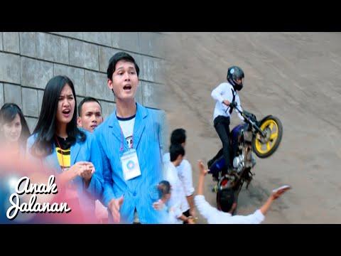 Wow Raya Freestyle Di Depan Senior Kampus [Anak Jalanan] [10 September 2016]