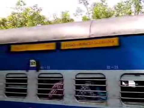 Xxx Mp4 Kokan Kanya Halt On Vaibhavwadi Station 3gp Sex