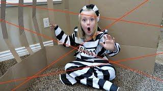 MAXIMUM SECURITY BOX FORT PRISON! | ESCAPE ROOM