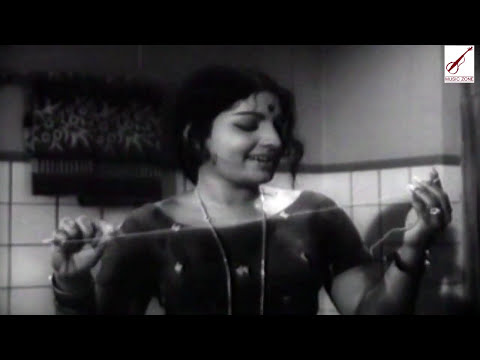 Xxx Mp4 Kaamasasthramezhuthiya Malayalam Old Classic Movie Punarjanmam Movie Song 3gp Sex
