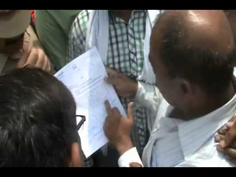 Xxx Mp4 Lakhimpur Kheri Public Protest Against Alleged Teacher For Rape N Kidnapping 3gp Sex