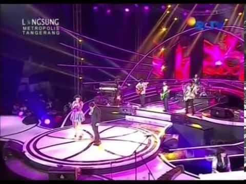 WALI BAND ft Putri Ayu & Mimi Apple | Baik-Baik sayang+Doa'aku untukmu sayang @Konser Istimewa