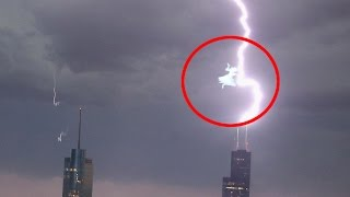 Scariest UFO Video | Flying Angel Captured During Major Lightning in Los Angeles
