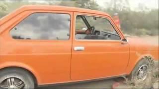 Robby Gordon, ayudado por un Fiat 147