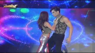 [111015] Dawn and Zeus - Love Me Like You Do in Showtime