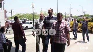 رصد | توافد أهالي ضحايا الطائرة المصرية المنكوبة إلى مطار القاهرة