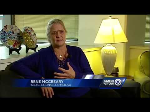 Xxx Mp4 Blue Springs Playground Sex Abuse Lawsuit Sounds Familiar Mom Says 3gp Sex