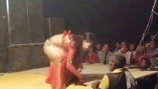 Bhojpuri Arkestra Sexy Stage Show - Dhondhi Munale Rahli