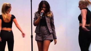 Samantha Jade (Live At Westfield Hurstville) - U.F.O