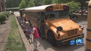 Newport News students test out bus tracking system