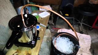 How to build a homemade moonshine still