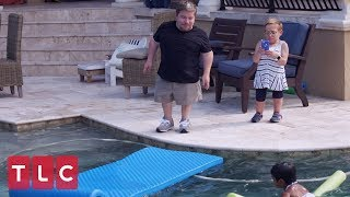 Zoey and Will Go For A Swim in Their New Pool  | The Little Couple