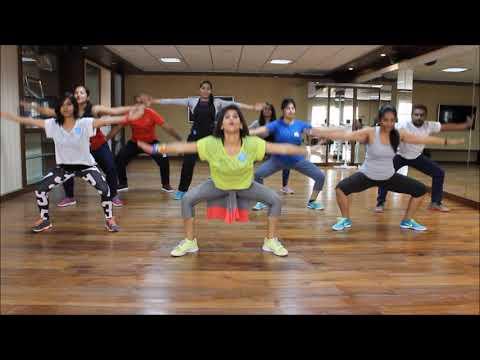 Xxx Mp4 Zumba Warm Up On Sean Paul She Doesn 39 T Mind Remix By Vijaya 3gp Sex