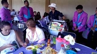 Fiesta privada el chapo y su guayabera