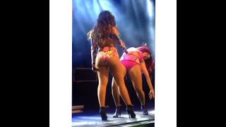 Anitta Dançando de Calcinha Buc*tinha #33
