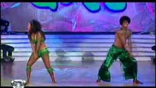 Showmatch 2010 - Silvina Escudero brilló en el axé