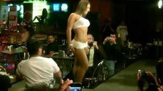 Katty Perez Pasarela Casa Zeller Marzo 2012 Video 4